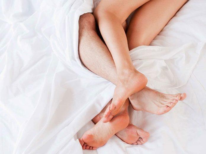 Những điều bạn luôn muốn biết về chất bôi trơn tình dục