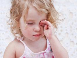 Đau mắt đỏ ở trẻ em cách xử lý khi trẻ bị đau mắt đỏ